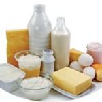 背中ニキビの原因は乳製品?エステ以外の対策と注意点!